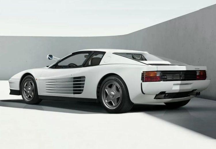 Ferrari Testarossa restomod
